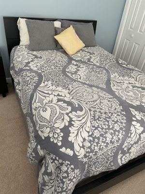 Queen Bedroom Set for Sale in Raleigh, NC