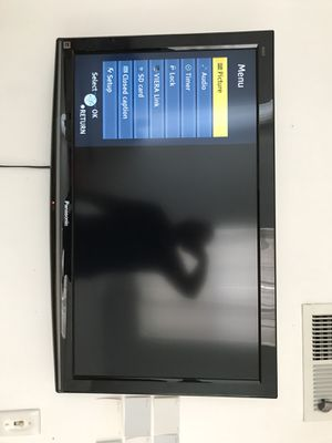panasonic viera 40 inch tv for Sale in Washington, DC