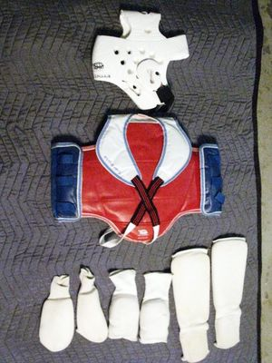 Karate Gear for a girl age 5-9 for Sale in Fresno, CA