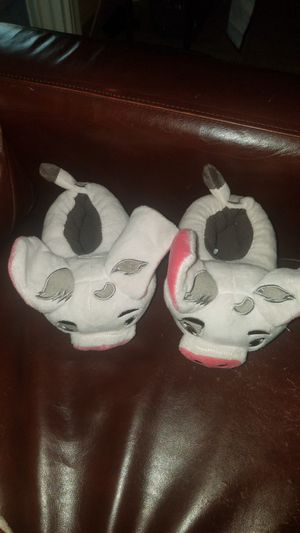 Disney pua from moana slippers size 5/6 for Sale in Santa Fe Springs, CA