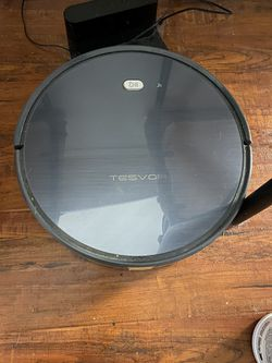 Tresvor Wi-Fi enabled smart vacuum for mainly non carpet or low pile carpet for Sale in Austin,  TX