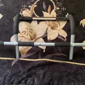 Pull Up Bar for Sale in Fresno, CA