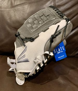 "Easton Slate Fastpitch Softball Glove 12.5"" for Sale in Miramar, FL"