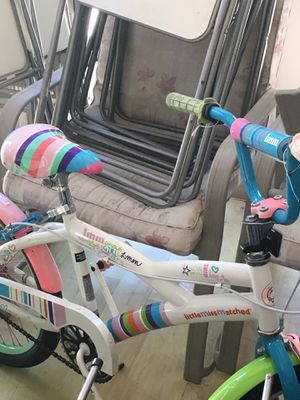 """Kids bicycle 16"""" for Sale in Beverly Hills, CA"""