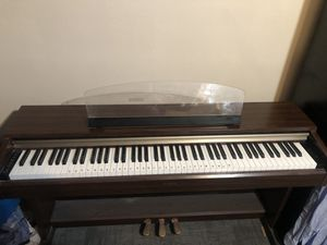Yamaha piano for Sale in Fresno, CA