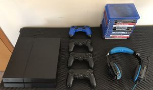 PS4 , controllers, games & headphone headset. for Sale in Hillsboro, OR