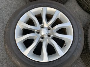 RANGE ROVER 20 inch WHEELS and TIRES for Sale in North Miami, FL