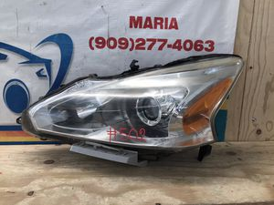 2012-2015 Nissan Altima headlight LH for Sale in Eastvale, CA