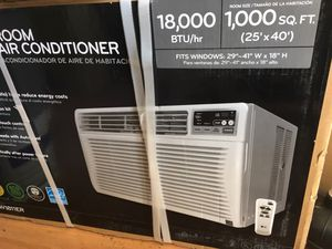 LG Remote 18,000 btu AC window unit for Sale in Winter Park, FL