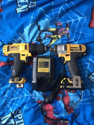 Dewalt 12v drills one battery and charger for Sale in Clayton, NC