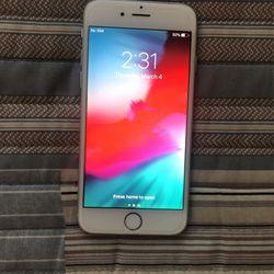iPhone 6 Silver for Sale in Vista,  CA