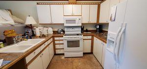 Kitchen Cabinets for Sale in Leavenworth, WA