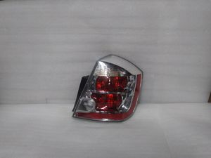 2007 2008 2009 Nissan Sentra tail light for Sale in Los Angeles, CA