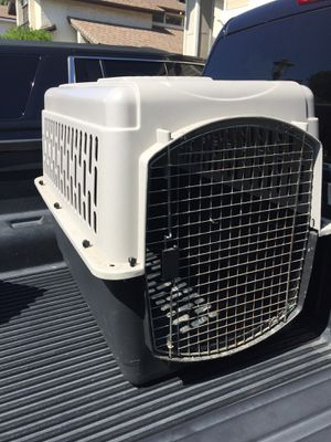 Large Travel Dog Crate for Sale in Brea, CA