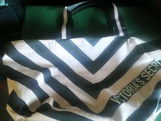 New Victoria Secret Tote Bag for Sale in Commerce City,  CO