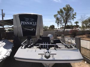 1974 Viking deck boat 16' for Sale in Peoria, AZ