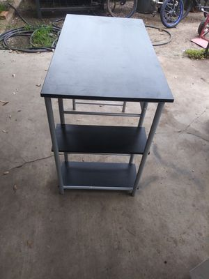 Small desk for Sale in Alvarado, TX