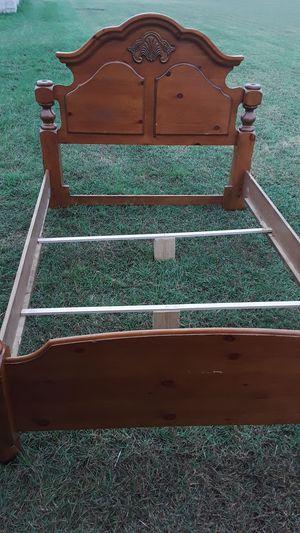 Queen all wood bed frame ! for Sale in Harlingen, TX