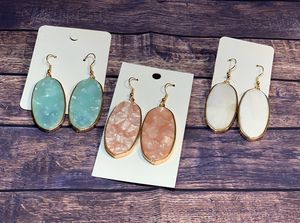 Beautiful earrings $7 shipping available for Sale in Houston, TX