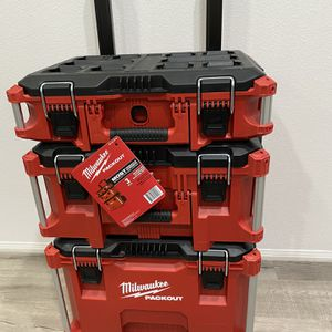 Milwaukee packout rolling tool box brand new for Sale in Moreno Valley, CA