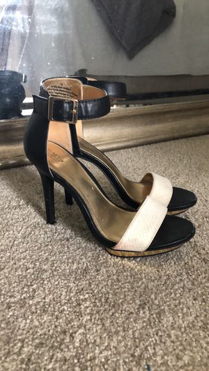 Black Heel with White Strap - size 7.5 for Sale in Franklin, TN
