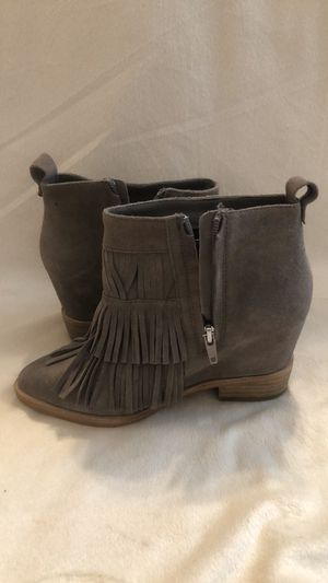 Steve Madden fringe booties size 6 for Sale in Catonsville, MD