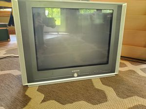 """Samsung 24"""" Flat Screen TV and Protron DVD player and 250w 5.1 Home Theater System for Sale in OH, US"""