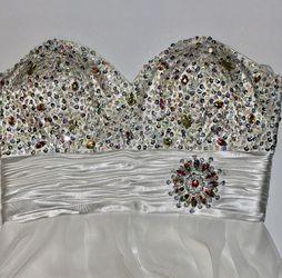 Pretty White Sparkle Jewel Dazzle Prom Winter Gem for Sale in Vancouver,  WA