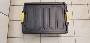 Storage box with lid for Sale in Culver City, CA