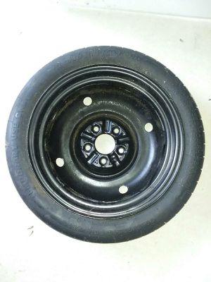 Tire donut for Sale in Avon Park, FL