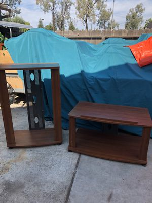 Tv stand and upright shelf for Sale in Fresno, CA