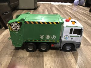 Garbage truck lights up makes noise for Sale in Lakeside, CA