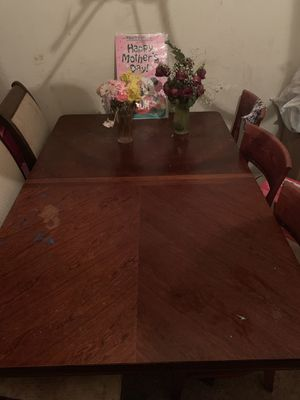 Dining table for Sale in Falls Church, VA