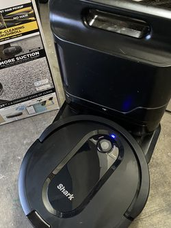 Shark IQ Robot Vacuum Self Empty WiFi Condition New Excellent Condition In Original Box for Sale in Las Vegas,  NV