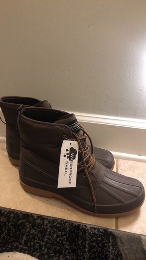 Snow boots for men size 8M black or brown for Sale in Jacksonville, FL