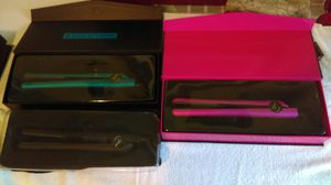 Hair Straightners/Wonds/ Planchas de Cabello for Sale in Tacoma, WA