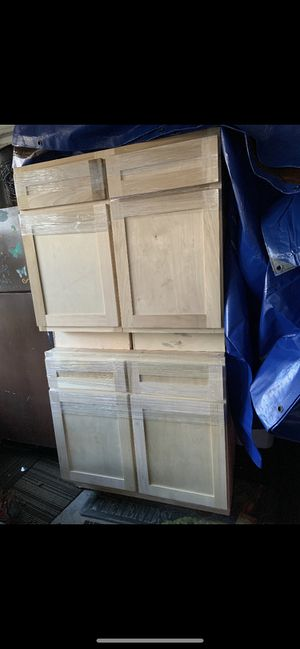 Shaker style cabinets for Sale in Grand Prairie, TX
