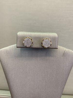 10k Gold Diamond Earrings !!!! for Sale in Miami, FL