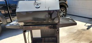 Gas bbq grill for Sale in Fresno, CA
