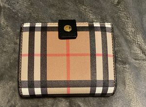 Authentic Burberry wallet for Sale in Hayward, CA
