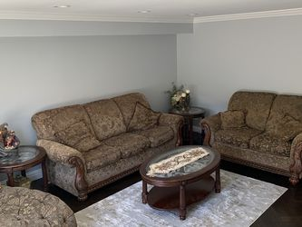 Living Room Set With Tables for Sale in Harrison,  NY