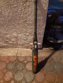 Combat B4 baseball bat for Sale in West Covina,  CA