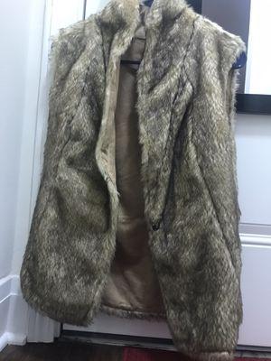 Reversible faux fur vest for Sale in Chicago, IL