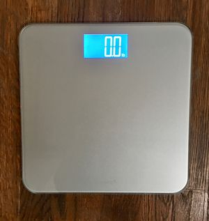 BATHROOM SCALE - NEW for Sale in Batavia, IL