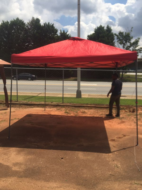 Outside tail gating tent