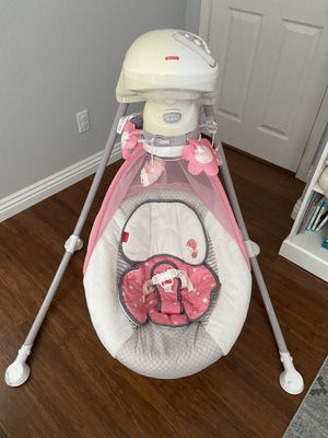 Fisher-Price Baby Swing for Sale in San Marcos, CA