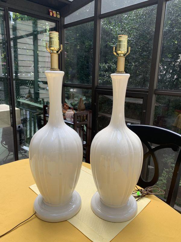 White lamps pair