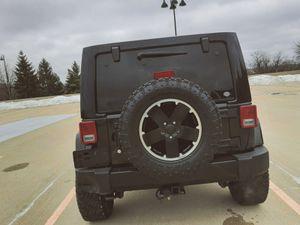 Pearl black2012 JEEP WRANGLER SAHARA Needs.Nothing FWDWheelss for Sale in Huber, GA