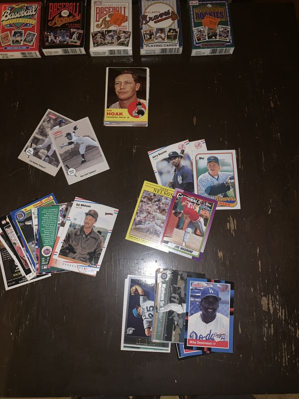 30 plus year old baseball card collection (in new condition )