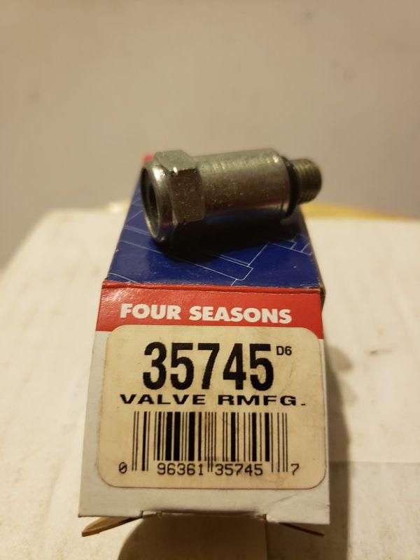 Four Seasons 35745 Switch